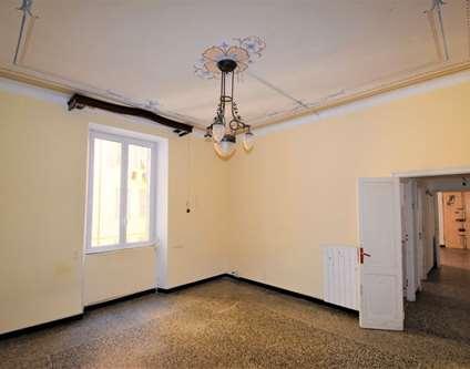Appartamento Vendita Genova Via Segneri Voltri