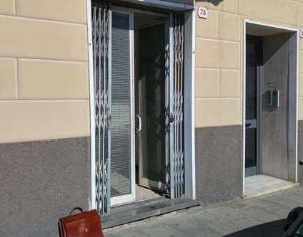 Negozio Vendita Genova Via Pegli Pegli