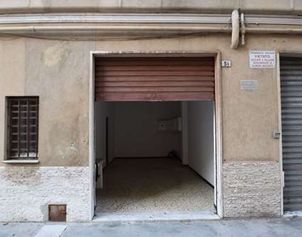 Magazzino Vendita Genova Via De Mari Palmaro