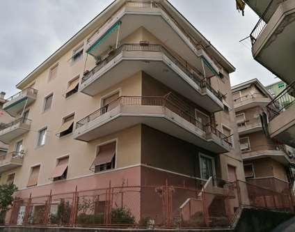 Appartamento Vendita Genova Ge Sestri Via Villini Rollino Ge Sestri Ponente