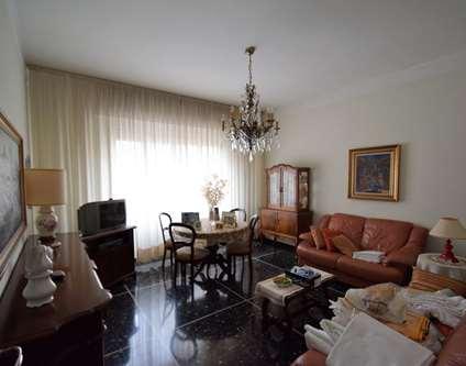 Appartamento Affitto Genova Via Taggia Pra