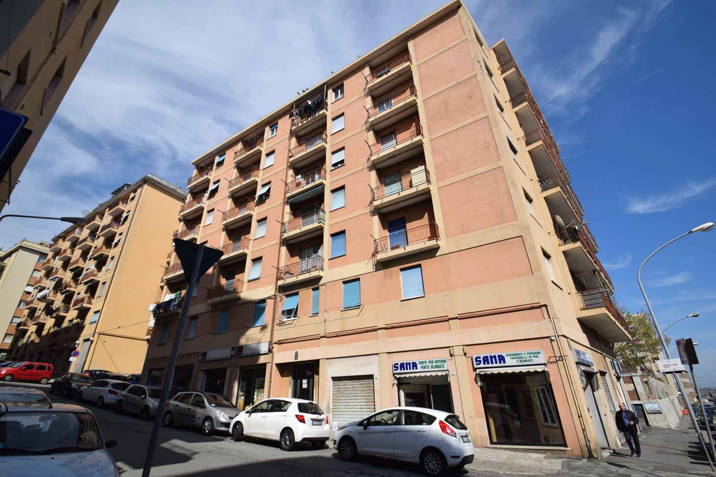 Vendita Porte A Genova appartamento vendita genova via calamandrei 14 voltri