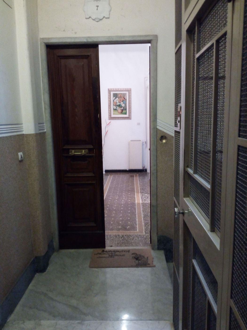 Vendita Porte A Genova appartamento in vendita genova ge sampierdarena zona trepon
