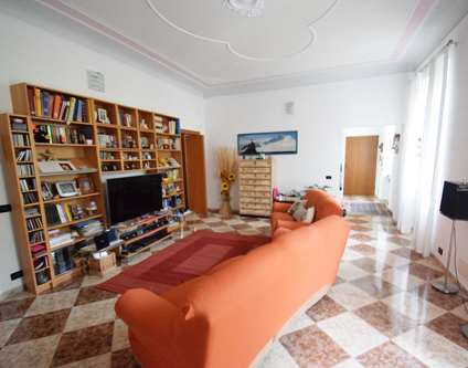 Appartamento Vendita Genova Piazza Sciesa Pra'