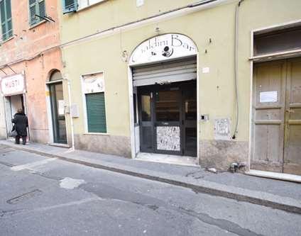 Negozio Affitto Genova Via Cialdini Voltri