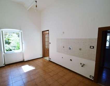 Appartamento Affitto Genova Via Cerusa Voltri