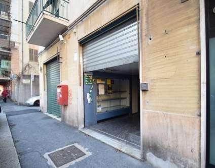 Negozio Affitto Genova Via Buffa Voltri